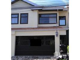 3 Habitaciones Casa en venta en , San José Affordable house for sale in Escazu. Motivated Seller. Financing available!, San Rafael, San José
