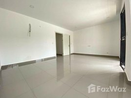 4 Bedrooms Property for sale in Chak Angrae Leu, Phnom Penh Twin Villa for Sale in Chak Angrae Leu