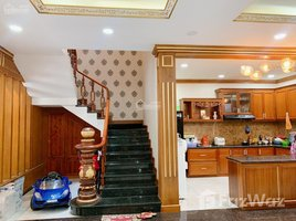 Studio House for sale in Tay Thanh, Ho Chi Minh City Do định cư nước ngoài cần để lại biệt thự cao cấp đường Phạm Ngọc Thảo, P Tây Thạnh, Q. Tân Phú