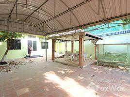 3 Bedrooms Villa for rent in Boeng Kak Ti Muoy, Phnom Penh Large 3 Bedroom Townhouse in Toul Kork | Phnom Penh
