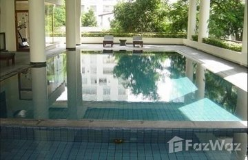 Pimarn Mansion in Thung Mahamek, Bangkok