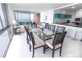 2 Habitaciones Apartamento en venta en Manta, Manabi **VIDEO** Stunning furnished beachfront 2/2 in brand new building!