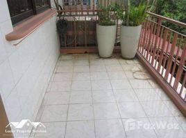Дом, 3 спальни в аренду в Boeng Keng Kang Ti Muoy, Пном Пен 3 bedrooms House For Rent in Chamkarmon