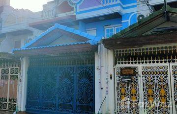 Phairot Village in Bang Na, Bangkok