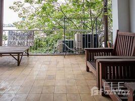2 Bedrooms Townhouse for rent in Voat Phnum, Phnom Penh Other-KH-81272