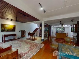 5 Bedrooms Townhouse for sale in Thung Mahamek, Bangkok Big Townhouse in Sathorn