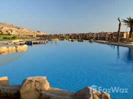 As Suways Chalet Roof for sale in Telal Al Sokhna view pool. 2 卧室 房产 售