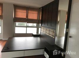 2 Bedrooms Condo for rent in Chong Nonsi, Bangkok Sathorn Plus - By The Garden
