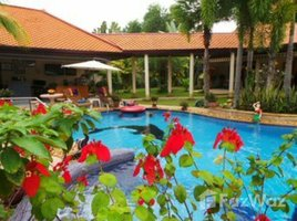 6 Bedrooms House for sale in Nong Pla Lai, Pattaya Luxury 4 bedroom Villa +2 Bedroom Cottage+ Pool Garden