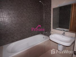 2 غرف النوم شقة للإيجار في NA (Charf), Tanger - Tétouan Location Appartement 128 m² QUARTIER ADMINISTRATIF,Tanger Ref: LG481