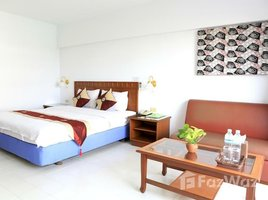 Studio Condo for rent in Din Daeng, Bangkok L.A. Tower
