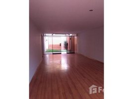 3 Habitaciones Casa en venta en La Molina, Lima ASUNCION, LIMA, LIMA