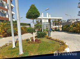 3 غرف النوم شقة للبيع في Sheikh Zayed Compounds, الجيزة Zayed Regency