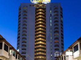 2 Bedrooms Condo for sale in Cha-Am, Phetchaburi Golden Beach Hotel