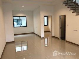 3 Bedrooms Townhouse for rent in Samrong, Samut Prakan The Canvas Sukhumvit- Samrong