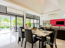 3 Bedrooms Villa for rent in Kathu, Phuket Private Pool Villa in Golf Course