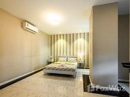 2 Schlafzimmern Appartement zu vermieten in Boeng Keng Kang Ti Muoy, Phnom Penh Pavilion 352