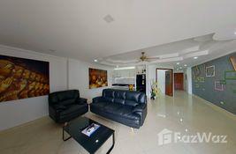 2 bedroom Apartment for sale at Ruamchok Condo View 2 in Chon Buri, Thailand