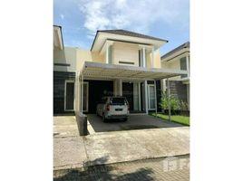 3 Bedrooms House for sale in Lakarsantri, East Jawa Crsytal Golf, Surabaya, Jawa Timur