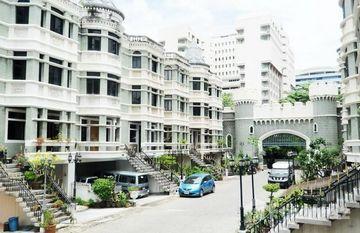Quarter 31 in Khlong Toei Nuea, Bangkok