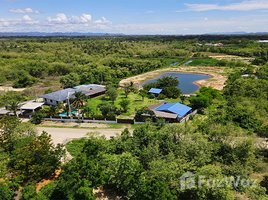 N/A Land for sale in Pran Buri, Hua Hin Lovely Land with Villas Approximately 6 Rai for Sale at Pran Buri