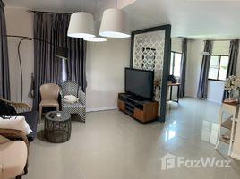 曼谷 Suan Luang Pruksa Ville 57 Pattanakarn 3 卧室 联排别墅 租