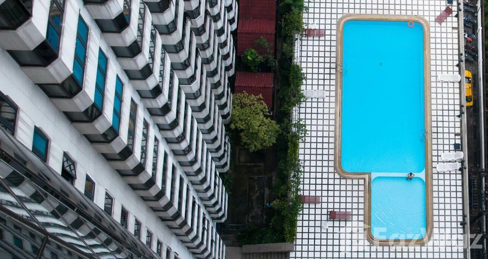 The cheapest residential projects in Bangkok - Omni Tower Sukhumvit Nana