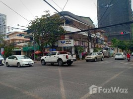 Вилла, Студия в аренду в Boeng Keng Kang Ti Muoy, Пном Пен Commercial Shop house in BKK1 For Rent(Corner Property)