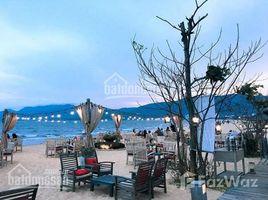 Studio House for sale in Le Loi, Binh Dinh Cần bán nhà 2 mặt tiền đường Nguyễn Huệ TP Quy Nhơn cách bãi biển Xuân Diệu 50m - giá 30 tỷ TL