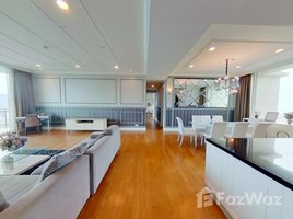 4 Bedrooms Condo for rent in Khlong Toei Nuea, Bangkok Royce Private Residences