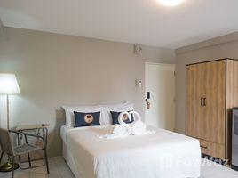 1 Bedroom Condo for rent in Sam Sen Nok, Bangkok RoomQuest Ratchada MRT Suttisan