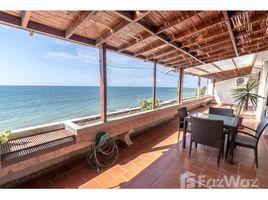 3 Habitaciones Apartamento en venta en Manta, Manabi Large beachfront condo with open terrace!