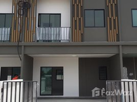 3 Bedrooms Townhouse for rent in Pluak Daeng, Rayong The Monox