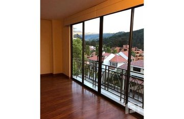 High-End Apartment in Upscale Neighborhood Available for long or short-term Rental in El Tambo, Loja