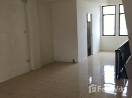 2 Bedrooms Townhouse for sale in Nong Pa Khrang, Chiang Mai 3 Storey House foe Sale in Mueang Chiang Mai