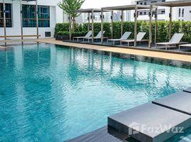 3 Bedrooms Property for rent in Khlong Tan Nuea, Bangkok Biohouse