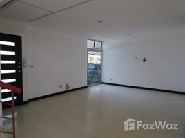 3 Habitaciones Apartamento en alquiler en , San José Santa Ana