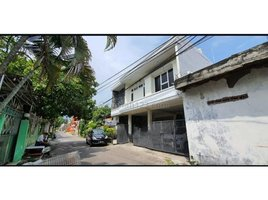 7 Bedrooms House for sale in Dukuhpakis, East Jawa Surabaya