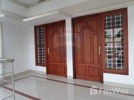 n.a. ( 913), गुजरात Vytilla - Thripunith Silversand, Kochi/Cochin, Kerala में 4 बेडरूम मकान बिक्री के लिए