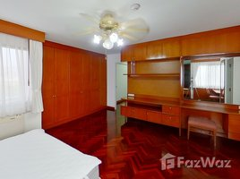 3 Bedrooms Condo for rent in Khlong Toei Nuea, Bangkok Four Wings Mansion